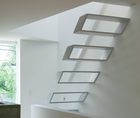 Escalera minimalista para una casa en jap n ekamm - Escalera japonesa ...